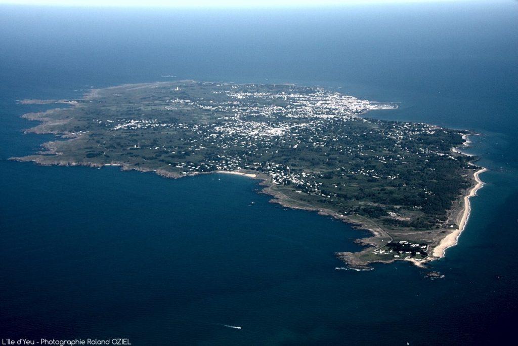 Photo aérienne de l\'île d\'Yeu en Vendée