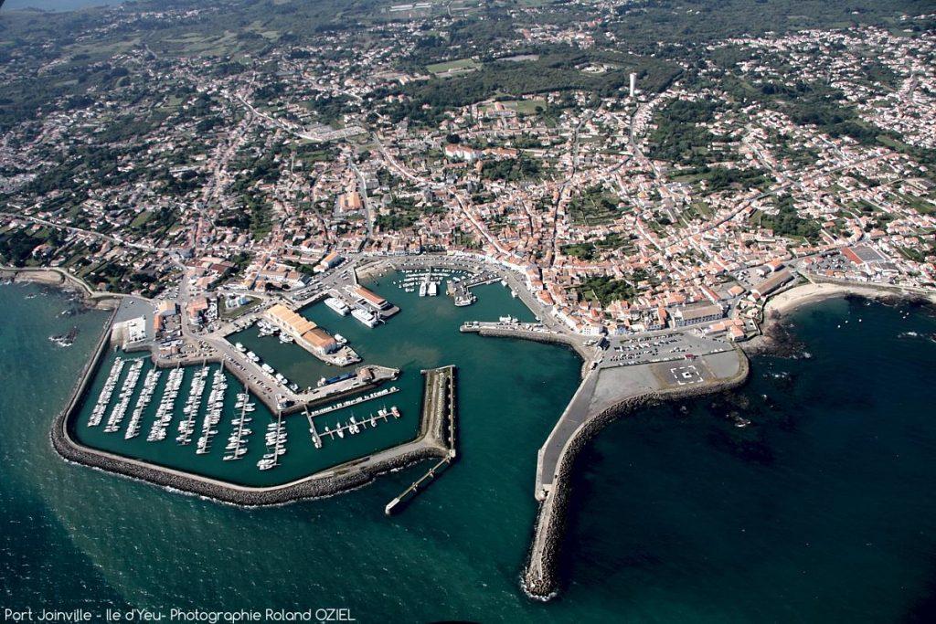Photo aérienne Port Joinville Ile d\'Yeu vacances en Vendée