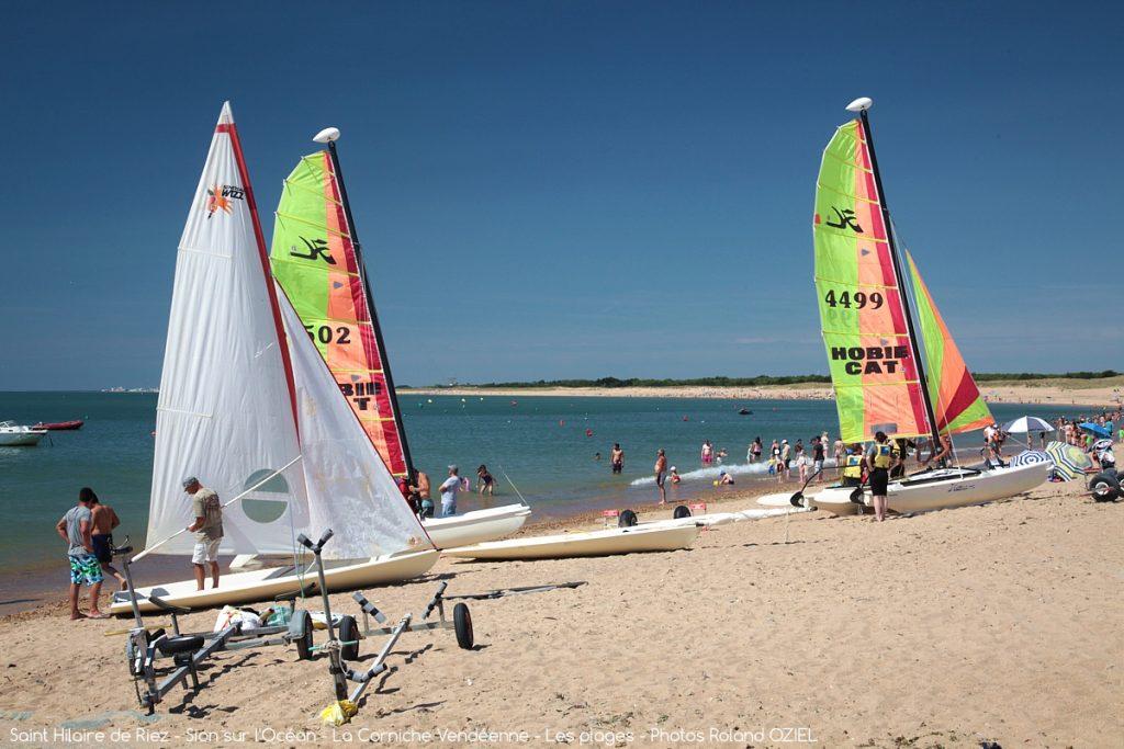 Photo plage et bateaux à voile St Hilaire de Riez